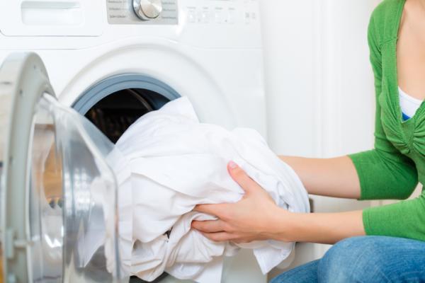 Cómo lavar la ropa blanca